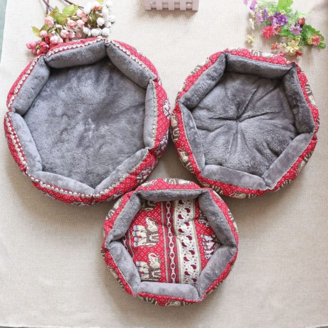 Multicolor Cloth Round Pet Bed for Dogs