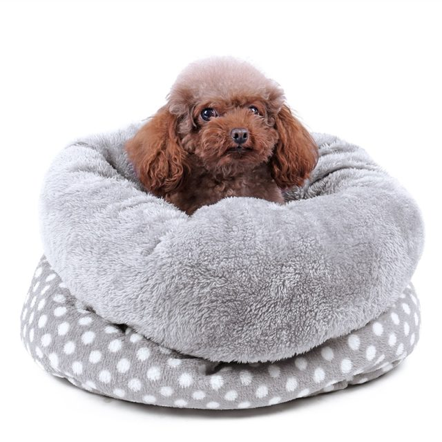 Gray Coral Fleece Dotted Pet Bed for Cats and Dogs